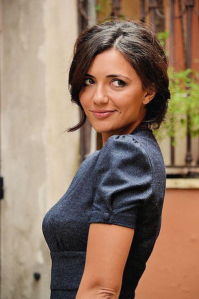 16 イタリア語  Serena Rossi